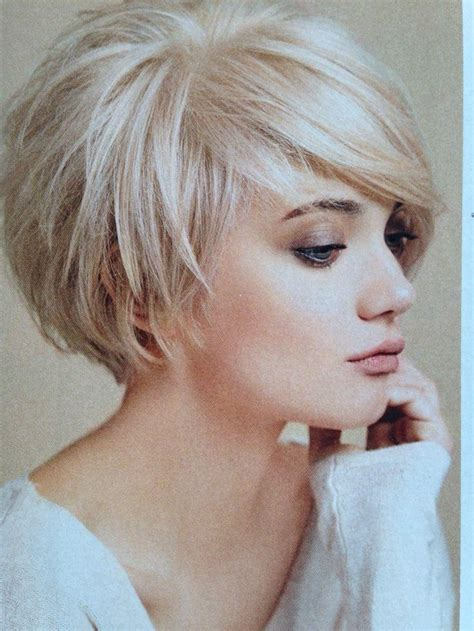 2019 latest short layered bob hairstyles with bangs
