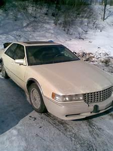 2004 Cadillac Sls Smells Like Gas