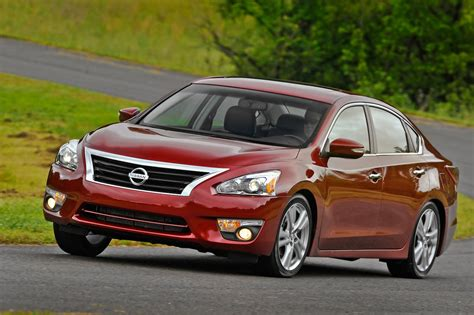 2013 Nissan Altima S by 2013 Nissan Altima Reviews And Rating Motor Trend