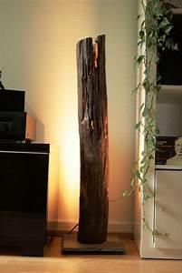 Baumstamm An Decke Befestigen : die besten 25 stehlampe holz ideen auf pinterest led ~ Lizthompson.info Haus und Dekorationen