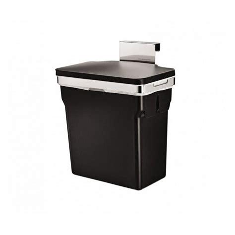 poubelle de placard cuisine poubelle de placard plastique noir simplehuman