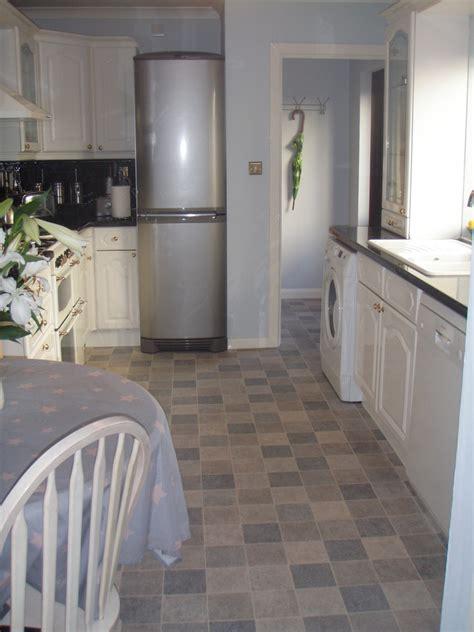 kitchen cushion flooring derek floor laying 100 feedback flooring fitter 1060