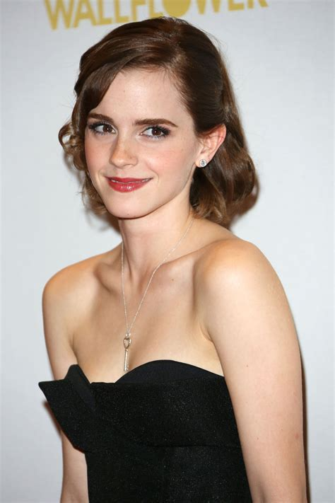 Emma Watson Cast In Queen Of The Tearling The Eighty Sixth Floor Music
