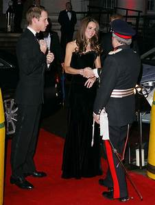 Military wife Kate pays tribute to nation's heroes