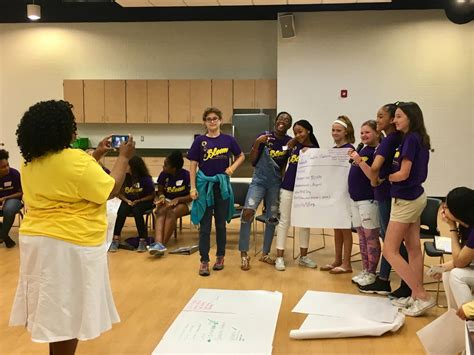 newport news schools work  grow leadership skills