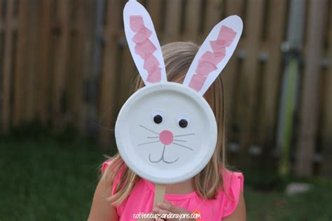 bunny paper plate puppet craft coffee cups and crayons 347 | Cute Bunny Craft for Preschool Kids
