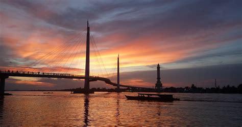 Makan live seafood yang terkenal fresh & enak di muara karang : Daerah Aliran Sungai (DAS) Sungai Batang Hari, Provinsi ...