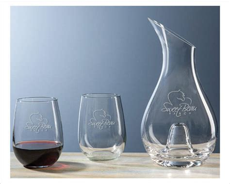 classic engraved wine decanter gift set  stemless glasses