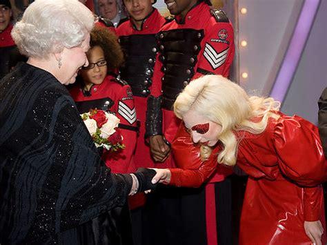 lady gaga meets queen elizabeth ii  england  dresses  queen elizabeth  ny daily news