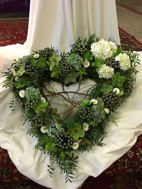 floristik gestecke selber machen bildergebnis f 252 r floristik grabgestaltung grabgesteck grabgestaltung grabschmuck und