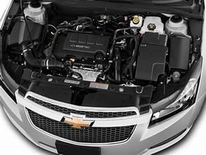 Image  2013 Chevrolet Cruze 4