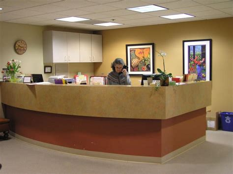 front desk medical receptionist