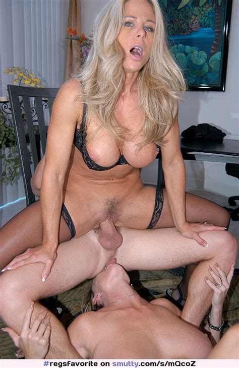 Reversecowgirl Mature Milf Mff Fmf Mff 3some
