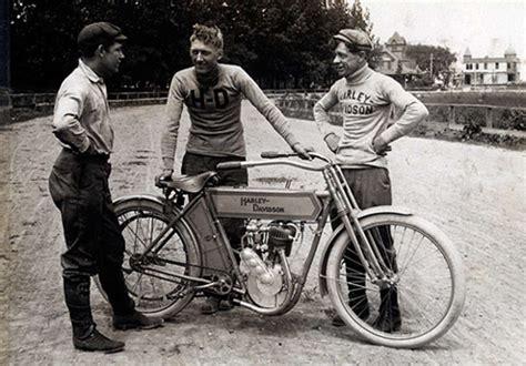 Vintage Motorcycle Racers- Lightningcustoms.com Blog