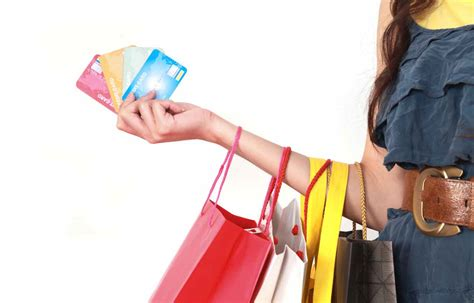 Should You Sign Up For A Store Credit Card When You're