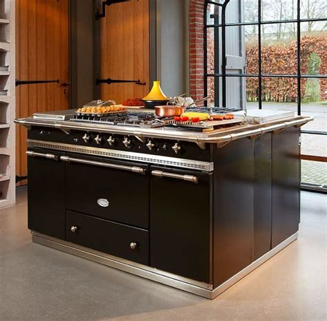 lacanche fontenay range cooker in black contemporary kitchen melbourne by manorhouse