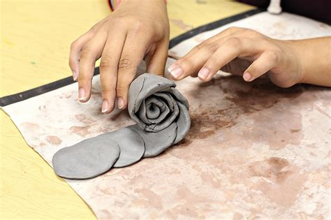 smart class clay roses  mothers day