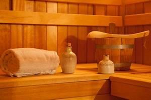 Saunaaufguss Selber Machen : saunaaufguss selber machen so wird es gemacht saunaaufguss selber machen dampfbad und sauna ~ Watch28wear.com Haus und Dekorationen