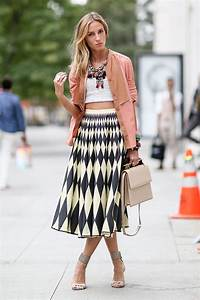 Celebrities Outfit Ideas from New York Fashion Week | FashionsPick.com
