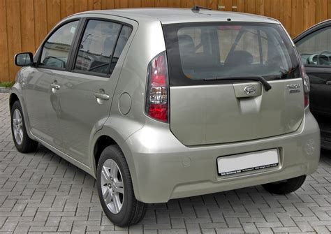 Daihatsu Sirion Backgrounds by 3 Other Cars Parked Next To My Also Car Bonus