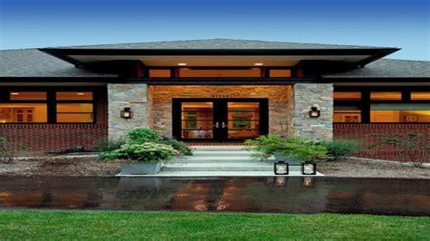 prairie style house prairie style exterior doors tudor style house prairie