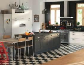 cuisine sol blanc castorama cuisine kadral blanc et noir une cuisine