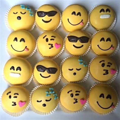 cupcake emoji for iphone emoji cake balls birthday ideas