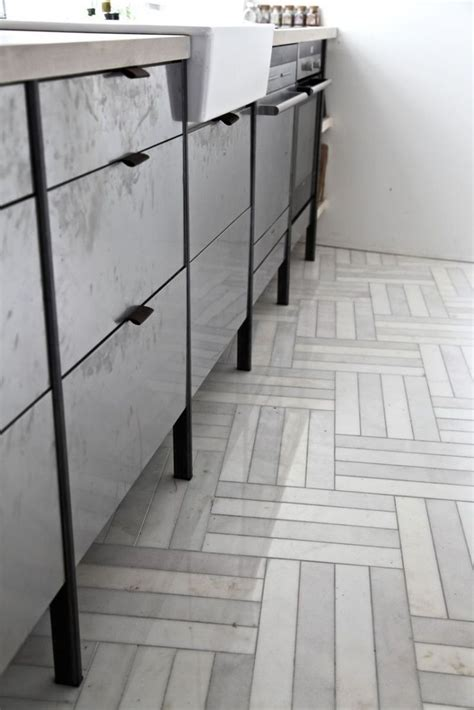 Kitchen Floor Tile Marble by 1000 Images About Herringbone Tile Pattern On