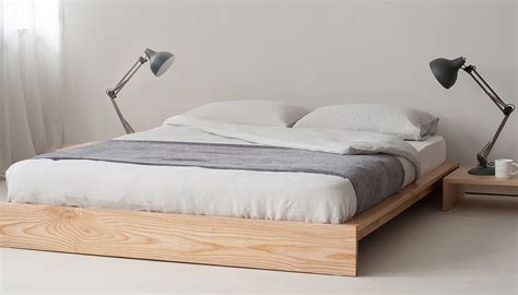 Das Richtige Bett by Picking Out The Right Bed Frame Squarerooms