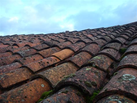 new traditional clay roof tiles 2 tile
