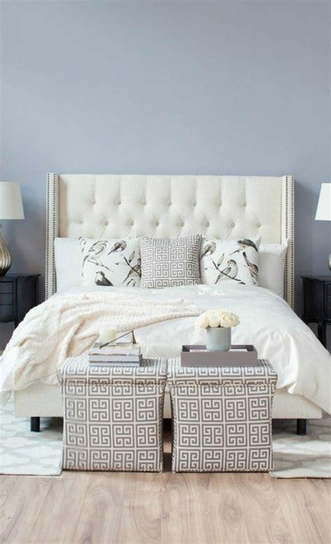 chambre capitonné 0 joli lit captionnée lit baroque avec tete de lit blanc