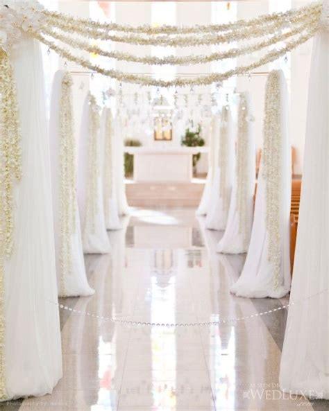 02 17 Rustic Ideas Plum Pretty Sugar Indoor Wedding