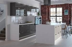 cuisine gris anthracite 56 idees pour une cuisine chic With cuisine blanc et gris