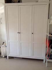 Kleiderschrank Zweitürig Weiß : hemnes kleiderschrank haushalt m bel gebraucht und neu kaufen ~ Markanthonyermac.com Haus und Dekorationen