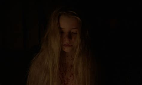 Anya Taylor Joy Nuda ~30 Anni In The Witch