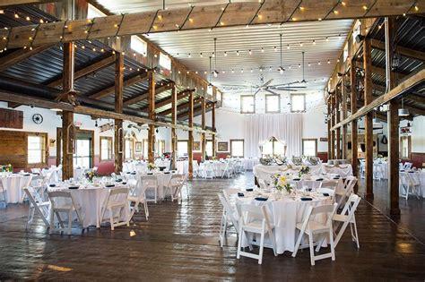 rustic wedding venues   west chicago suburbs