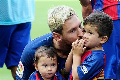 50 best Barcelona Sports images on Pinterest   Football players, Soccer players and Barcelona sports