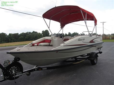 Suncruiser Deck Boat by Lowe Suncruiser Tahiti 192 2004 For Sale For 1 Boats