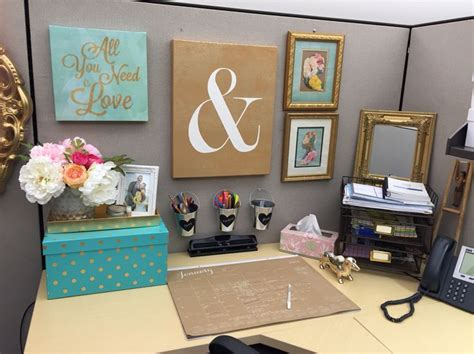Ideas Your Office Cubicle by Cubicle Decor Organization In 2019 Office Space Decor