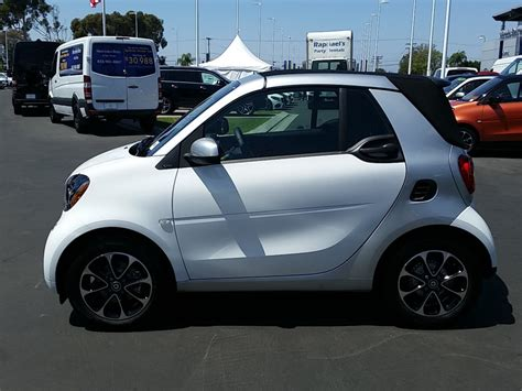 Smart Fortwo 2017 by 2017 New Smart Fortwo Cabriolet At Mercedes