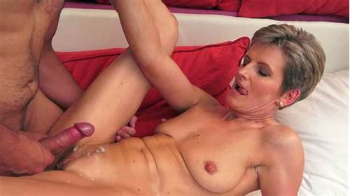 Classy Stepmom Seduce Teens Guy To Drilled Her When Alone