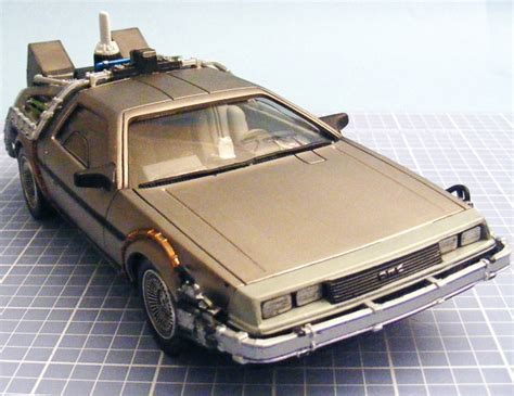 Polar Lights 0911 125 Back To The Future Time Machine Kit Build Review