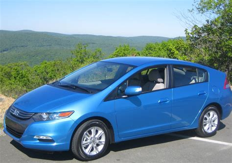 best honda insight h honda insight and toyota prius get top safety ratings