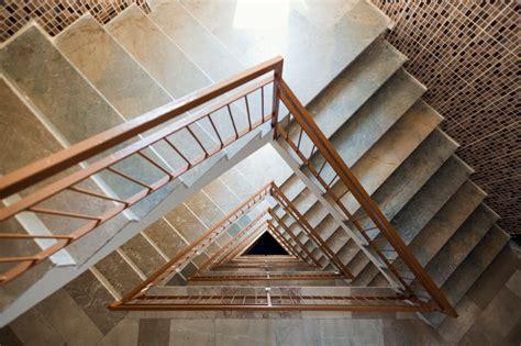zimmer tapezieren kosten schlafzimmer tapete ideen treppenhaus tapezieren kosten ebenfalls zeitgen 246 ssisch dekore