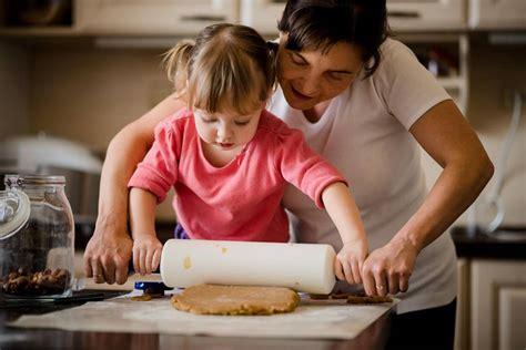 apprendre la cuisine vacances le bon moment pour apprendre la cuisine à vos