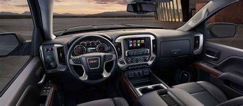 gmc sierra  review price  exterior engine