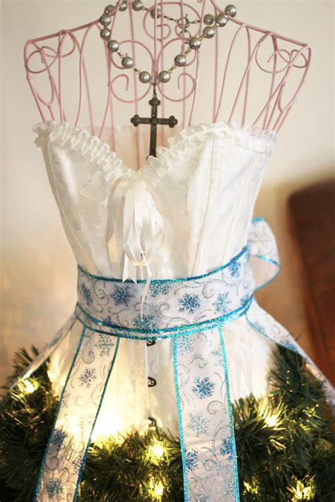 dress form christmas tree fun family crafts