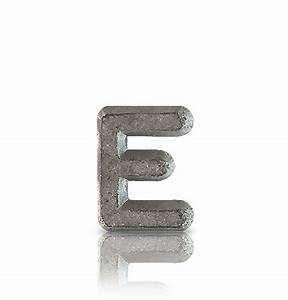 Flat face unmounted lead letters for Unmounted lead letters