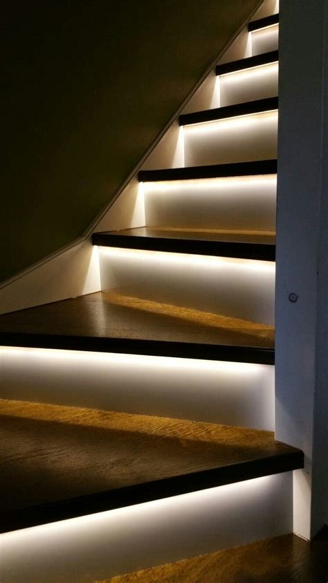 Beleuchtung Treppenhaus by 17 Best Light Stairs Ideas You Can Start Using Today
