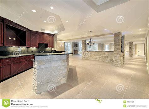 cuisine en sous sol bar et cuisine en en sous sol image stock image 12627325